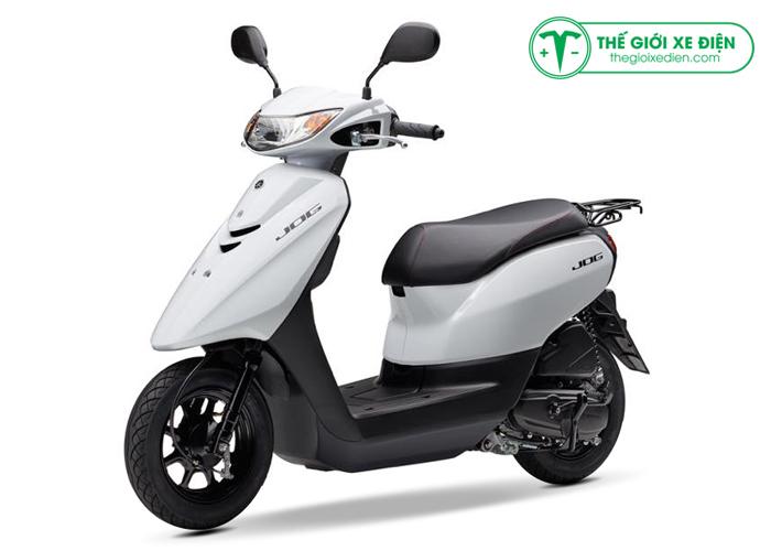 xe-ga-50cc-jog-deluxe-mau-trang-nhap-khau1