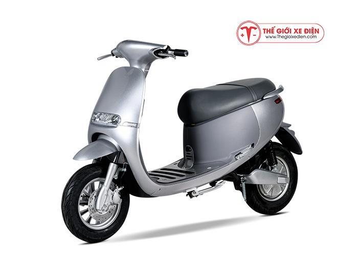 Xe máy điện Gogo Suzika màu xám