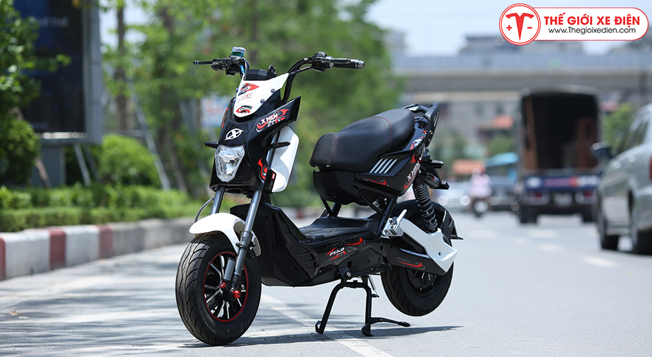 Xe máy điện Xmen Fuji 2 giảm sóc 2020 màu trắng